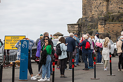 © Licensed to London News Pictures.  13/09/2021. Edinburgh, Scotland. The Covid pop-up test site is set in front of Edinburgh Castle as Covid cases in Scotland have tripled after school children have returned. Photo credit: Marcin Nowak/LNP