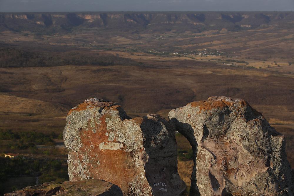 Santana do Cariri_CE, Brasil.<br /> <br /> Vista panoramica a partir do Pontal da Boa Vista. Na foto, a Chapada do Araripe em Santana do Cariri, Ceara.<br /> <br /> Panoramic view from the Pontal Boa Vista. In the photo, Chapada do Araripe em Santana do Cariri, Ceara.<br /> <br /> Foto: LEO DRUMOND / NITRO