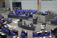 DEU, Deutschland, Germany, Berlin, 07.05.2020: Leif-Erik Holm (AfD) während einer Rede bei einer Plenarsitzung im Deutschen Bundestag. Um Ansteckungen von Abgeordneten mit dem Coronavirus zu vermeiden, darf nur jeder Dritte Stuhl besetzt werden, zwei Plätze dazwischen müssen frei gehalten werden.