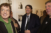 Nicky Haslam and Bryan Ferry. Warhol's World. Photography and Television. Hauser and Wirth. Piccadilly, London. 26  January 2006.  ONE TIME USE ONLY - DO NOT ARCHIVE  © Copyright Photograph by Dafydd Jones 66 Stockwell Park Rd. London SW9 0DA Tel 020 7733 0108 www.dafjones.com