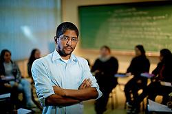 Jeferson Tenório, se formou em Letras pela UFRGS, foi aluno cotista. Hoje ele segue na mesma instituição, como aluno do mestrado e professor do Instituto de Letras. FOTO: Jefferson Bernardes/Preview.com