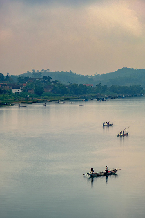 on the Sông Con River in Central Vietnam