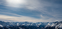 THEMENBILD - Panoramablick auf die Schneebedeckten Gipfel der umliegenden Berge Matrei und Virgental. Kals am Großglockner, Österreich am Montag, 2. April 2018 // Panoramic view of the snow capped peaks of the surrounding mountains of Matrei and Virgental. Monday, April 2, 2018 in Kals am Grossglockner, Austria. EXPA Pictures © 2018, PhotoCredit: EXPA/ Johann Groder