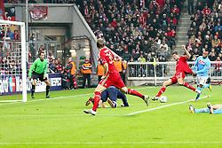 02.11.2011, Allianz Arena, Muenchen, GER, UEFA CL, FC Bayern Muenchen vs. SSC Neapel, im Bild Torschuss zum 3-0 duch Mario Gomez (Bayern #33) mit Toni Kroos (Bayern #39)  // during the CL match  FC Bayern Muenchen (GER)  vs.  SSC Neapel  (ITA) Gruppe A, on 2011/11/02, Allianz Arena, Munich, Germany, EXPA Pictures © 2011, PhotoCredit: EXPA/ nph/  Straubmeier       ****** out of GER / CRO  / BEL ******