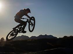 United States, Nevada, Boulder City, mountain biker (silhouette)