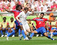 v.l. Jervis Drummond, Jacek Krzynowek, Michael Umana Costa Rica<br /> Fussball WM 2006 Costa Rica - Polen<br /> Norway only