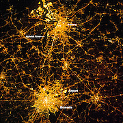 CITYS BY NIGHT<br />
