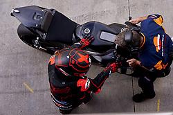 November 20, 2018 - Valencia, Spain - Jorge Lorenzo (99) of Spain and Repsol Honda Team during the tests of the new MotoGP season 2019 at Ricardo Tormo Circuit in Valencia, Spain on 20th Nov 2018  (Credit Image: © Jose Breton/NurPhoto via ZUMA Press)