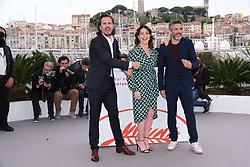 May 18, 2019 - Cannes, Provence-Alpes-Cote d'Azu, France - 72eme Festival International du Film de Cannes. Photocall du film ''Douleur et Gloire''. 72th International Cannes Film Festival. Photocall of ''Dolor y gloria'' movie....239401 2019-05-18 Provence-Alpes-Cote d'Azur Cannes France.. Sbaraglia, Leonardo; Etxeandia, Asier (Credit Image: © Philippe Farjon/Starface via ZUMA Press)