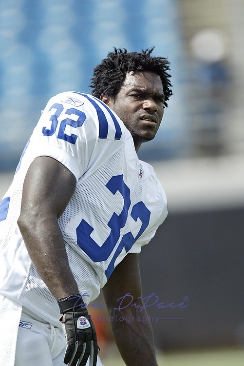 Indianapolis Colts Edgerrin James  plays in a game against the Jacksonville Jaguars on December 11 2005.<br /> <br /> (Tom DiPace)
