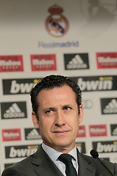 12.08.2010, Estadio Santiago Bernabeu, Madrid, ESP, Real Madrid, press conference, Ricardo Carvalhoas new player, im Bild Jorge Valdano. EXPA Pictures © 2010, PhotoCredit: EXPA/ Alterphotos/ Cesar Cebolla +++++ ATTENTION - OUT OF SPAIN +++++ / SPORTIDA PHOTO AGENCY