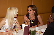 Caroline Michel. Lunch party for Brooke Shields hosted by charles finch and Patrick Cox. Mortons. Berkeley Sq. 6 July 2005. ONE TIME USE ONLY - DO NOT ARCHIVE  © Copyright Photograph by Dafydd Jones 66 Stockwell Park Rd. London SW9 0DA Tel 020 7733 0108 www.dafjones.com