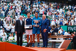 June 10, 2018 - Paris, U.S. - PARIS, FRANCE - JUNE 10:  KEN ROSEWALL, DOMINIC THIEM (AUT),RAFAEL NADAL (ESP) and BERNARD GIUDUCELLI President of the FFT during the French Open on June 10, 2018, at Stade Roland-Garros in Paris, France.(Photo by Chaz Niell/Icon Sportswire) (Credit Image: © Chaz Niell/Icon SMI via ZUMA Press)