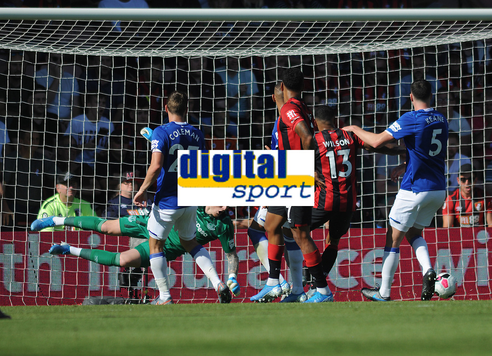 Football - 2019 / 2020 Premier League - AFC Bournemouth vs. Everton<br /> <br /> Everton's Fabian Delph scores past his own goalkeeper, Jordan Pickford, at The Vitality Stadium (Dean Court).<br /> <br /> COLORSPORT/ANDREW COWIE