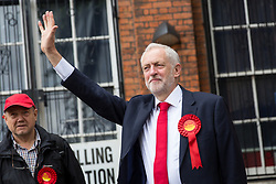 © Licensed to London News Pictures. 08/06/2017. London, UK. Leader of the Labour Party Jeremy Corbyn arrives at Polling Station in Islington to vote in the 2017 General Election. Photo credit : Tom Nicholson/LNP