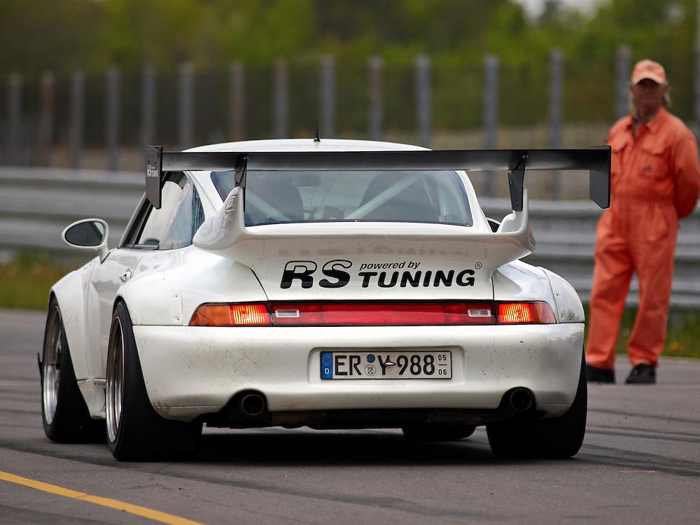 Race days - Porsche 911 RSR (993)
