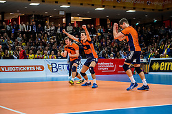 19-02-2017 NED: Bekerfinale Draisma Dynamo - Seesing Personeel Orion, Zwolle<br /> In een uitverkochte Landstede Topsporthal wint Orion met 3-1 de bekerfinale van Dynamo / Rob Jorna #10 of Orion