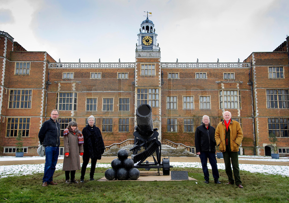 © Licensed to London News Pictures. 27/03/2013 Hatfield UK. Royal Academy sculptors,  L to R: Gary Hume, Alison Wilding, Ann Christopher, Michael Craig-Martin and Bill Woodrow outside Hatfield House to launch Royal Academy exhibition that showcases six of their artists. This is the first time that the Royal Academy of Arts has collaborated with another organisation to curate an exhibition of Royal Academicians' sculpture outside of the Royal Academy..Photo credit : Simon Jacobs/LNP