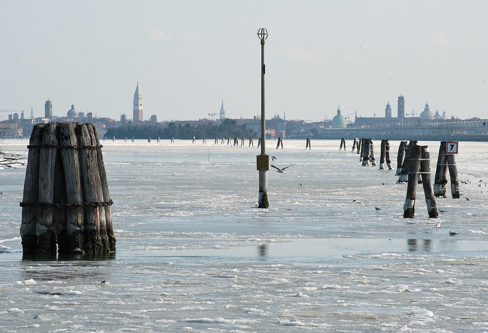VENICE, ITALY - FEBRUARY 05:  A general view of the North side of the frozen Venice Lagoon with Saint Mark's belfry on February 5, 2012 in Venice, Italy. Italy as most of Europe is under a spell of very cold weather, it is more than 20 years aince the Venice Lagoon last froze.  (Photo by Marco Secchi/Getty Images)