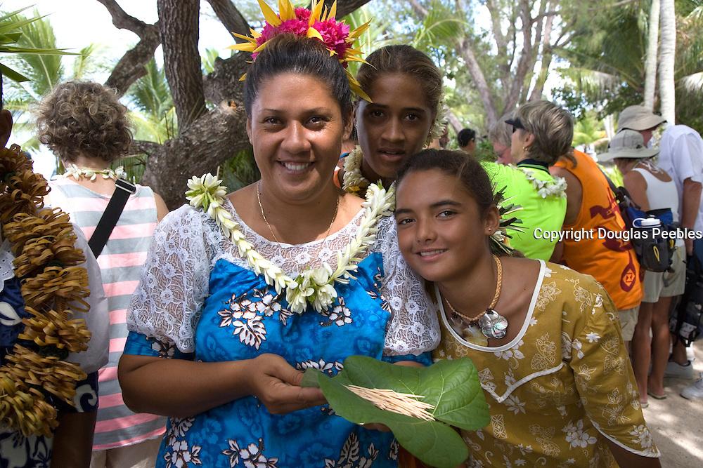 Polynesian woman, Takapoto, Tuamotu Islands, French Polynesia, (Editorial use only)<br />