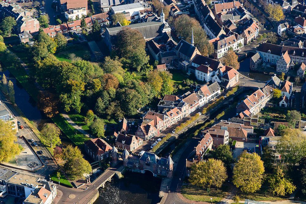 Nederland, Utrecht, Amersfoort, 28-10-2014; Koppelpoort over het Spui. Stadspoort.<br /> Town gate.<br /> luchtfoto (toeslag op standard tarieven);<br /> aerial photo (additional fee required);<br /> copyright foto/photo Siebe Swart