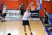 DESCRIZIONE : Folgaria Allenamento Raduno Collegiale Nazionale Italia Maschile <br /> GIOCATORE : Marco Cusin<br /> CATEGORIA : schiacciata <br /> SQUADRA : Nazionale Italia <br /> EVENTO :  Allenamento Raduno Folgaria<br /> GARA : Allenamento<br /> DATA : 17/07/2012 <br />  SPORT : Pallacanestro<br />  AUTORE : Agenzia Ciamillo-Castoria/GiulioCiamillo<br />  Galleria : FIP Nazionali 2012<br />  Fotonotizia : Folgaria Allenamento Raduno Collegiale Nazionale Italia Maschile <br />  Predefinita :