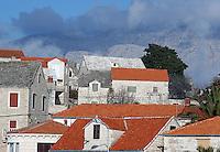 Hustak, house roofs
