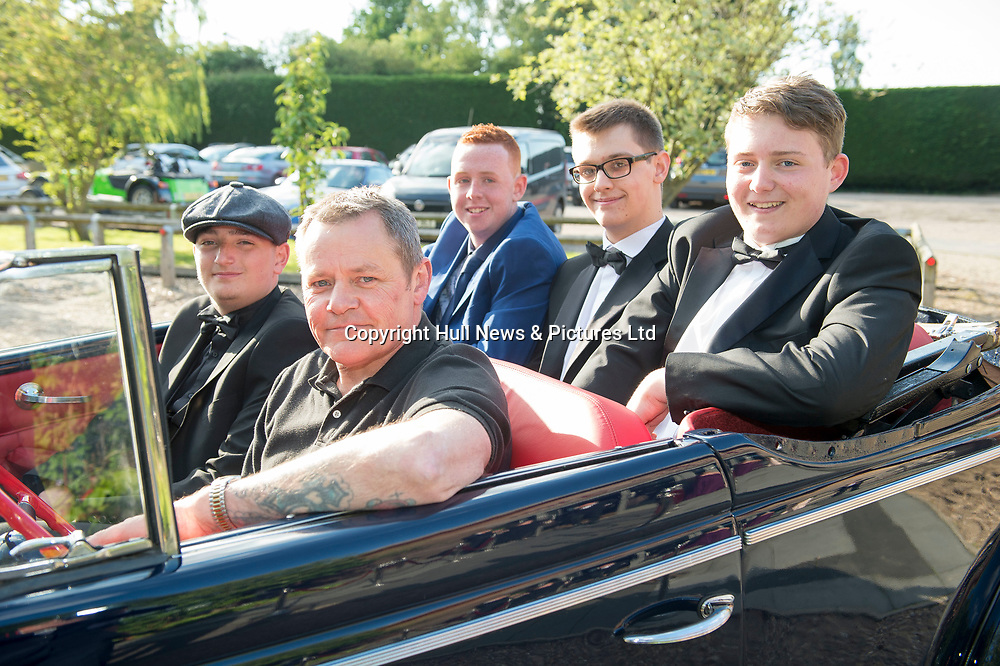 20 June 2019: Cleethorpes Academy Year 11 Prom at Brackenborough Hotel near Louth.<br /> see other pic for names.<br /> Picture: Sean Spencer/Hull News & Pictures Ltd<br /> 01482 210267/07976 433960<br /> www.hullnews.co.uk         sean@hullnews.co.uk
