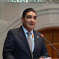 Toluca, México (Diciembre 08, 2016).- Jorge Omar Velázquez Ruíz, Diputado Local por el PRI, durante el Primer Periodo Ordinario en la LIX Legislatura de la cámara de diputados. Agencia MVT / Arturo Hernández.