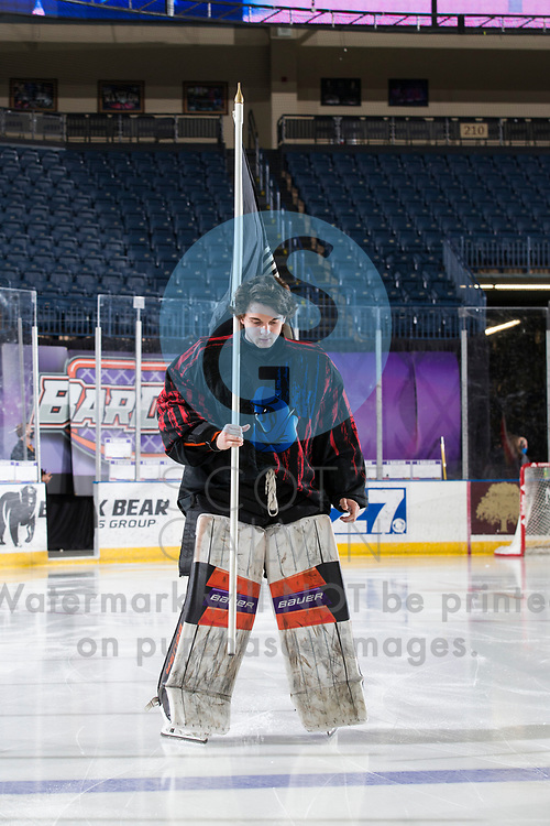 The Youngstown Phantoms lose 5-4 in overtime to the Chicago Steel at the Covelli Centre on February 20, 2021.<br /> <br /> Mattias Sholl, goalie, 32