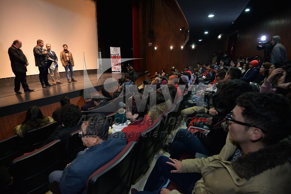 TOLUCA, México.- (Enero 31, 2018).- Teniendo como sede el Teatro Jaguares de la UAEM, fue inaugurada la Muestra Fílmica CUEC 2017. Agencia MVT / Crisanta Espinosa.