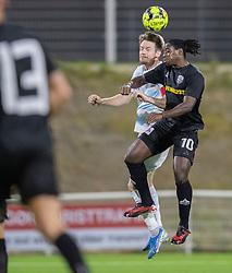 Jonas Henriksen (FC Helsingør) og Tiémoko Konaté (Vendsyssel FF) under kampen i 1. Division mellem FC Helsingør og Vendsyssel FF den 18. september 2020 på Helsingør Stadion (Foto: Claus Birch).