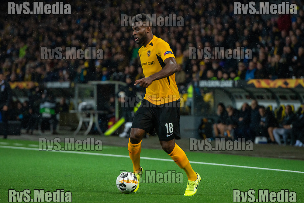 BERN, SWITZERLAND - NOVEMBER 28: #18 Jean-Pierre Nsame of BSC Young Boys in action during the UEFA Europa League group G match between BSC Young Boys and FC Porto at Stade de Suisse, Wankdorf on November 28, 2019 in Bern, Switzerland. (Photo by Monika Majer/RvS.Media)