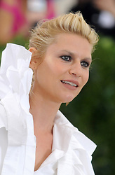 Claire Danes arriving on the red carpet at the Costume Institute Benefit at The Metropolitan Museum of Art celebrating the opening of Rei Kawakubo/Comme des Garcons: Art of the In-Between in New York City, NY, USA, on May 1, 2017. Photo by Dennis Van Tine/ABACAPRESS.COM  | 591351_073 New York City Etats-Unis United States
