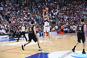Mancinelli<br /> Kontatto Fortitudo Bologna vs Segafredo Virtus Bologna<br /> Campionato Basket LNP 2016/2017<br /> Bologna 14/04/2017<br /> Foto Ciamillo-Castoria/A. Gilardi