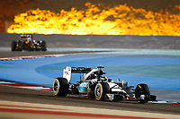 Motor<br /> Formel 1 / F1 / Forme 1 2015<br /> Foto: Dppi/Digitalsport<br /> NORWAY ONLY<br /> <br /> HAMILTON lewis (gbr) mercedes gp mgp w06 action during 2015 Formula 1 FIA world championship, Bahrain Grand Prix, at Sakhir from April 16 to 19th.