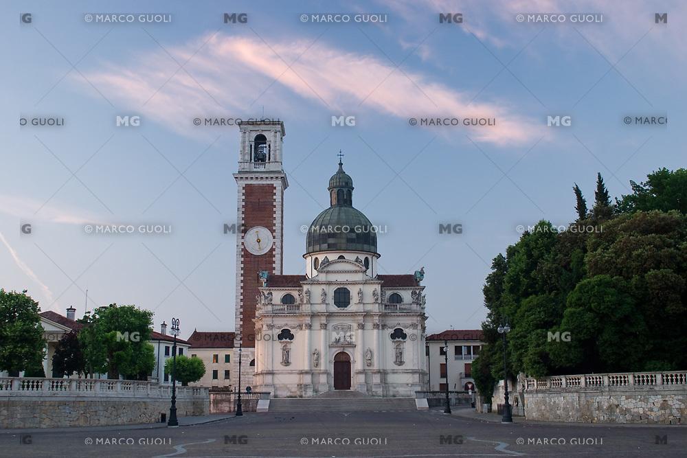 SANTUARIO DELLA MADONNA DI MONTE BERICO E PIAZZALE DELLA VITTORIA, VICENZA, VENETO, ITALIA