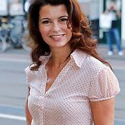 NLD/Amsterdam/20111002 - Uitreiking John Kraaijkamp awards 2011, Caroline de Bruin