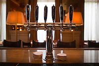 SoHo Grand Whiskey Bar in New York. <br /> <br /> (Photo by Robert Caplin)