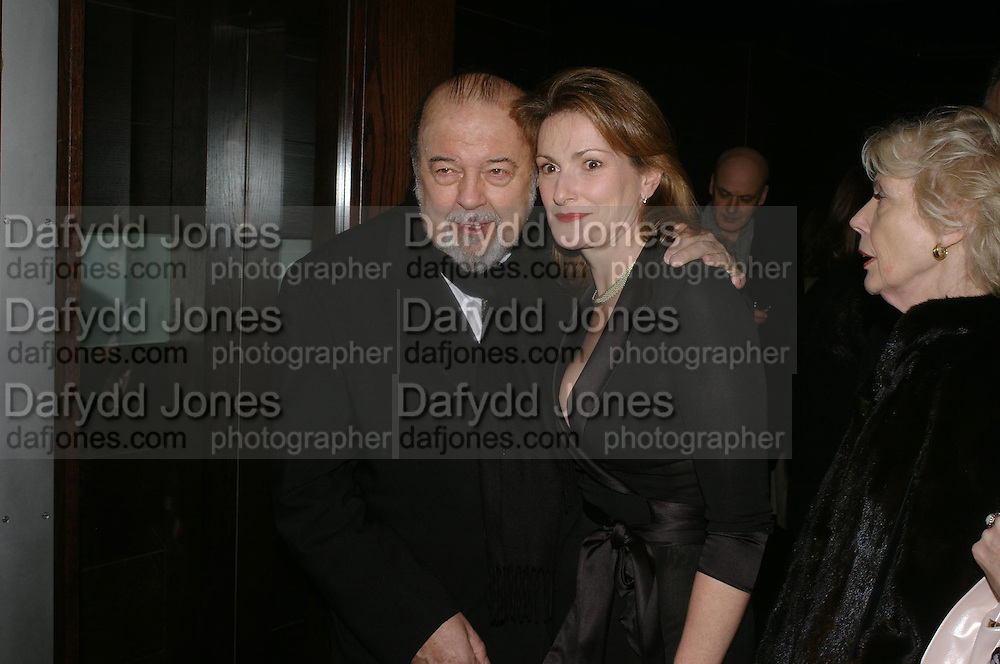 Sir Peter and Lady Hall. Whose Life is it Anyway? opening night performance at Comedy Theatre, Panton Street followed by Party at Mint Leaf. London. 26 January 2005. ONE TIME USE ONLY - DO NOT ARCHIVE  © Copyright Photograph by Dafydd Jones 66 Stockwell Park Rd. London SW9 0DA Tel 020 7733 0108 www.dafjones.com
