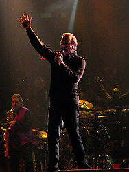 Aug 12, 2008 - New York, NY, USA - NEIL DIAMOND performing the first of a multi night stand at Madison Square Garden on Aug. 12, 2008 (Credit Image: Aviv Small/Photopass/ZUMAPRESS.com)