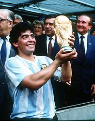 July 10, 1986 - 860710 VM: Diego Maradona, Argentina, med Coupe Jules Rimet .© Bildbyran - © 7 (Credit Image: © Bildbyran via ZUMA Press)