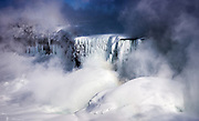 The spectacle of Niagara in clouds of sub-zero mist and condensed ice.