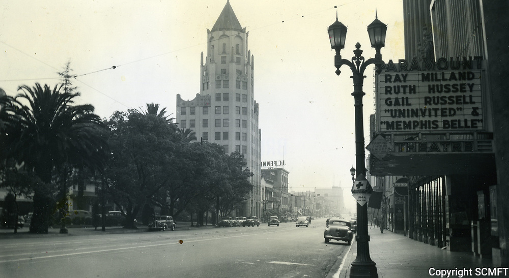1944 Looking west on Hollywood Blvd. from Orchid Ave.