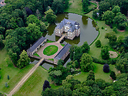 Nederland, Overijssel, Gemeente Almelo; 21–06-2020; Landgoed Huize Almelo met Huis Almelo. Kasteel of  havezate is eigendom van de familie Van Rechteren Limpurg.<br /> Country estate Huize Almelo with Manor house Almelo. Castle is owned by the Van Rechteren Limpurg family.<br /> <br /> luchtfoto (toeslag op standaard tarieven);<br /> aerial photo (additional fee required)<br /> copyright © 2020 foto/photo Siebe Swart