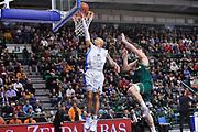 DESCRIZIONE : Eurocup 2014/15 Last32 Dinamo Banco di Sardegna Sassari -  Banvit Bandirma<br /> GIOCATORE : David Logan<br /> CATEGORIA : Tiro Penetrazione Sottomano<br /> SQUADRA : Dinamo Banco di Sardegna Sassari<br /> EVENTO : Eurocup 2014/2015<br /> GARA : Dinamo Banco di Sardegna Sassari - Banvit Bandirma<br /> DATA : 11/02/2015<br /> SPORT : Pallacanestro <br /> AUTORE : Agenzia Ciamillo-Castoria / Luigi Canu<br /> Galleria : Eurocup 2014/2015<br /> Fotonotizia : Eurocup 2014/15 Last32 Dinamo Banco di Sardegna Sassari -  Banvit Bandirma<br /> Predefinita :