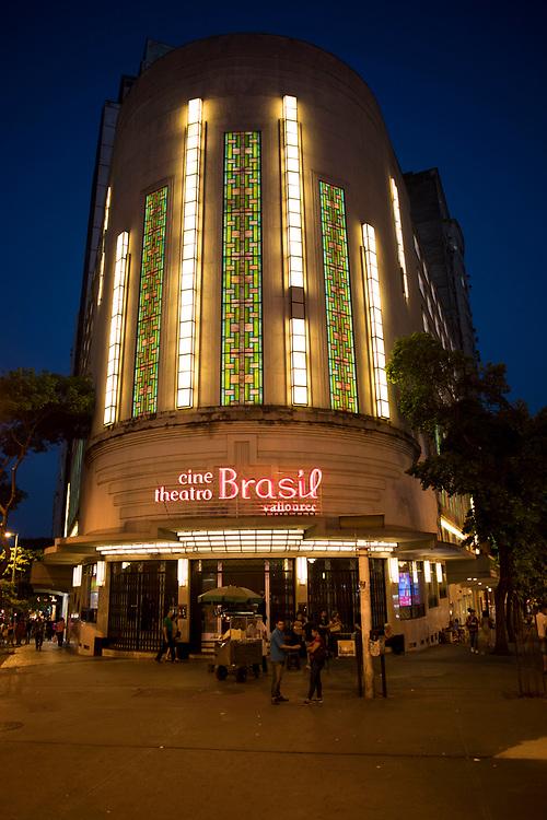Belo Horizonte_MG, 19 de Outubro de 2017<br /> <br /> Fachada do cine teatro Brasil. Esta localizado no cruzamento de duas grandes avenidas, a Afonso Pena e a Amazonas.<br /> <br /> Foto: Marcus Desimoni / NITRO