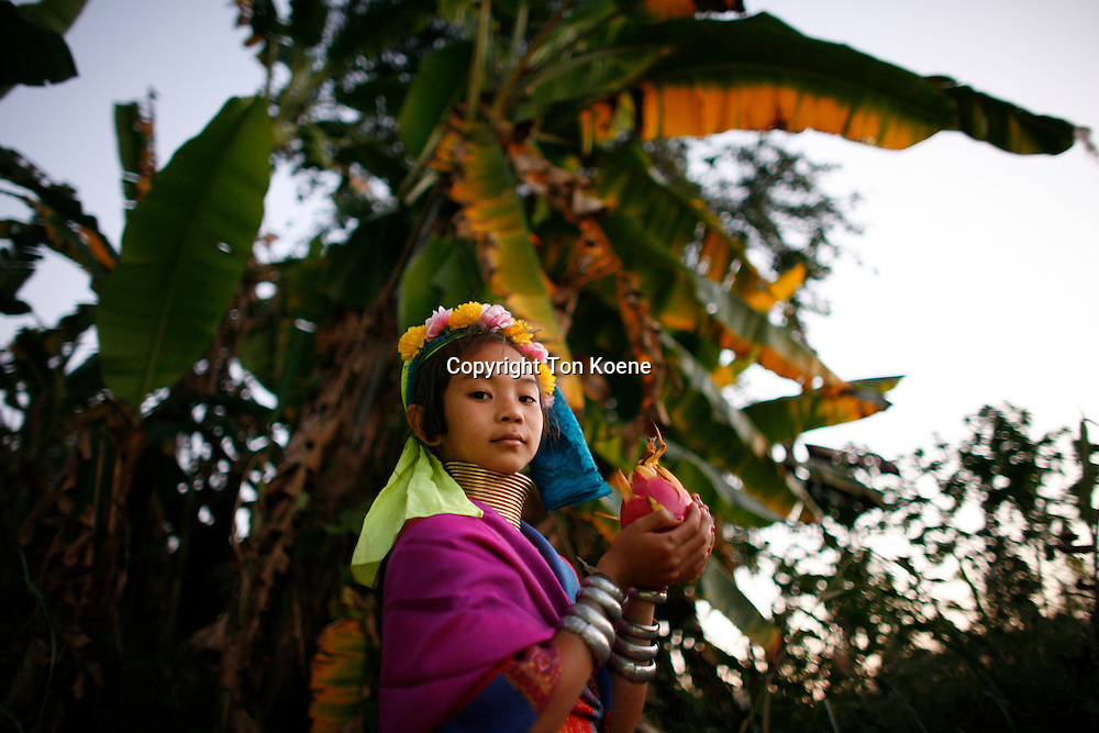 Longneck tribe in myanmar