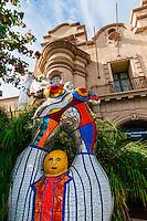 Poete et sa Muse (Poet and Muse) sculpture by Niki de Saint Phalle, Mingei International Museum,  Balboa Park, San Diego, California USA.