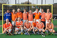 Bloemendaal - heren Veteranen D, seizoen 2015-2016. met oa Jeroen Bovelander, Gerard Paul Haga, Dirk Jan Ploem,  Lex en Hooijdonk, Willem Jan Hemmes, Michiel Poelman, COPYRIGHT Koen Suyk